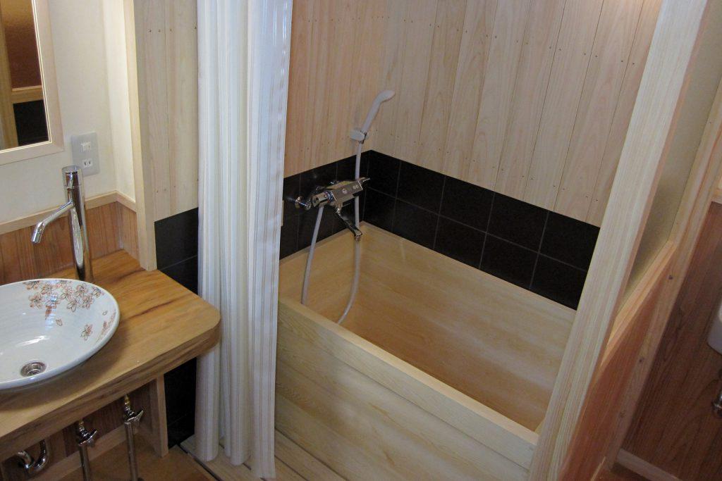 京町家 檜風呂