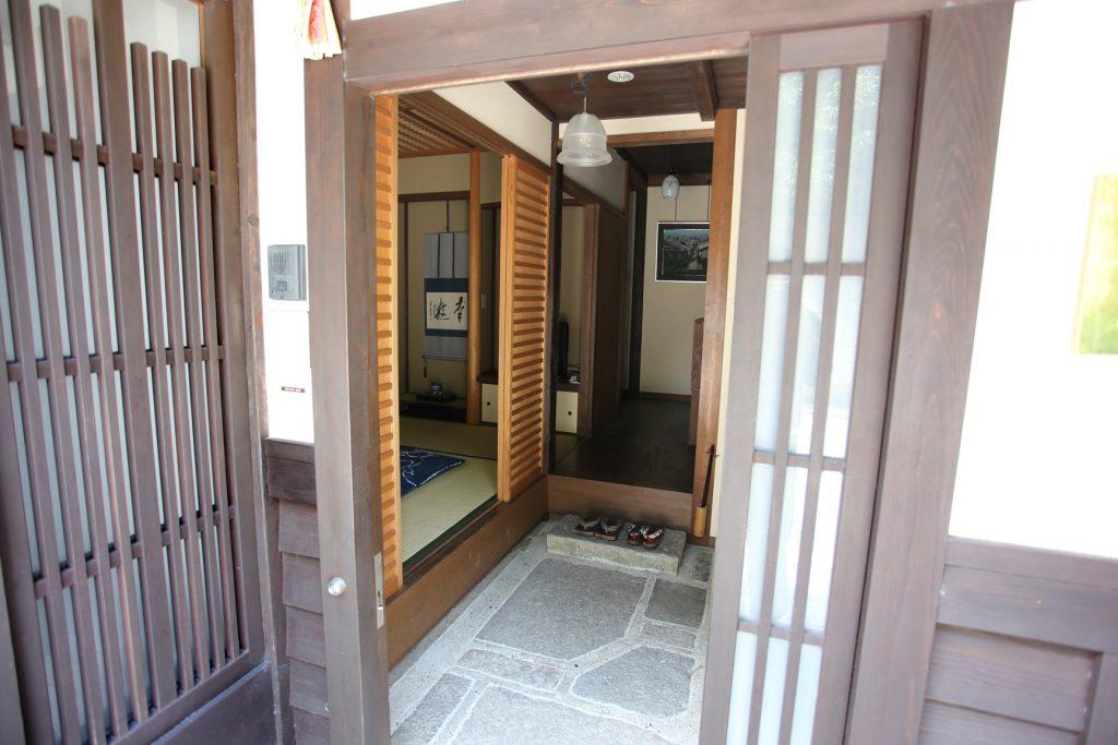 京町家の宿 一棟貸し切りの宿 幸遊庵 玄関 写真
